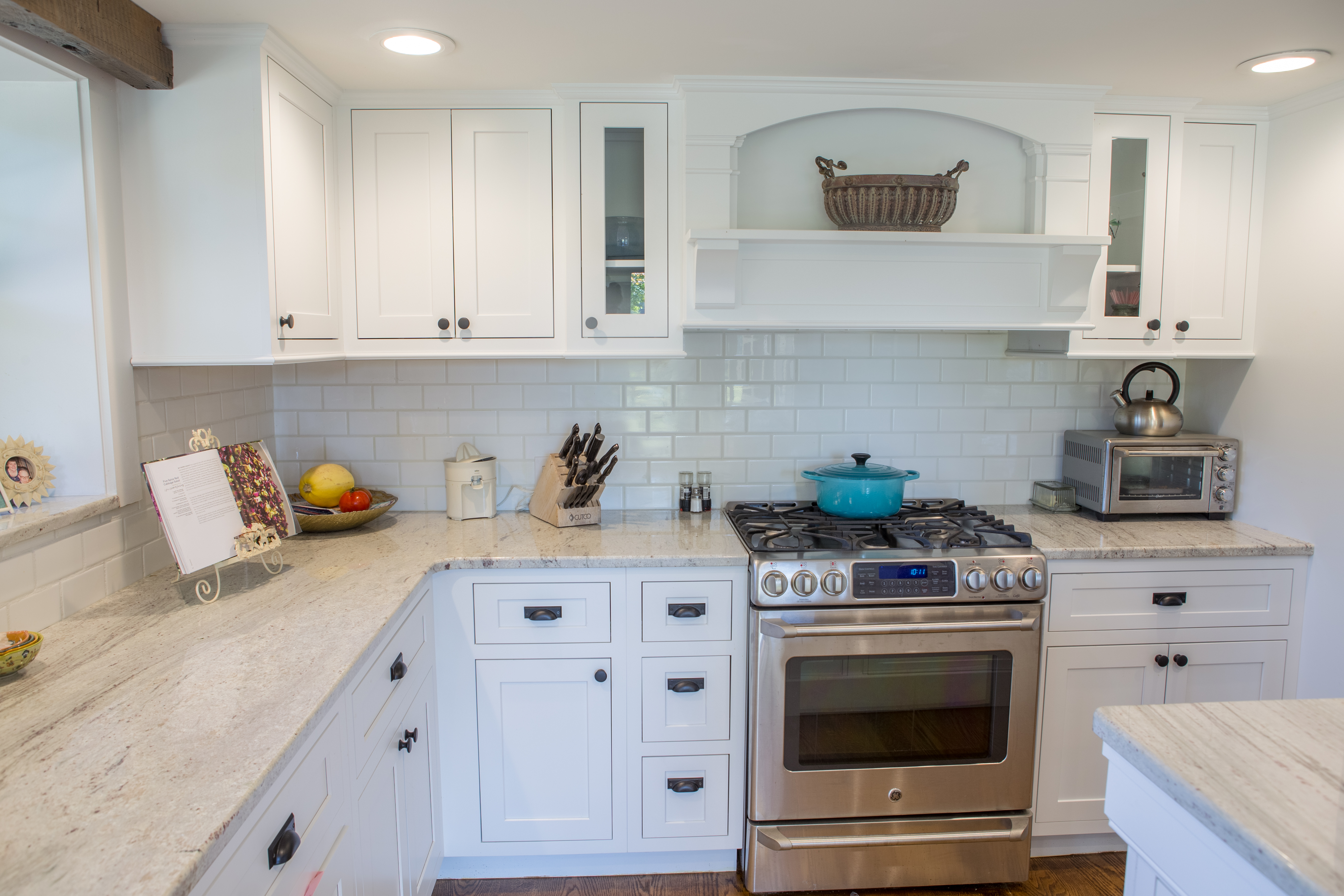 Maple White Shaker inset cabinets