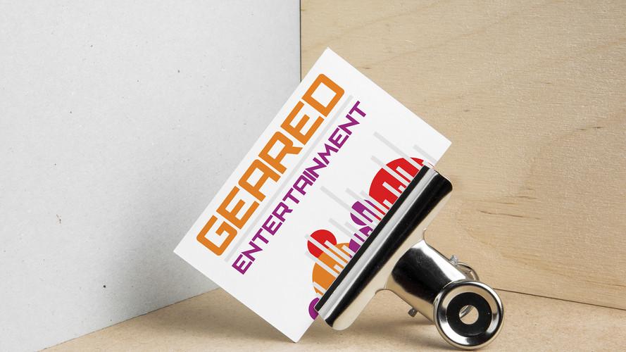 Geared business card