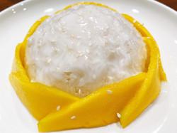 Sticky Rice w/Mango