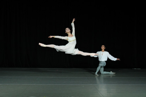 Check our latest review (Spanish) ....ARTS BALLET THEATRE OF FLORIDA ABRE TEMPORADA EN LA INTIMIDAD