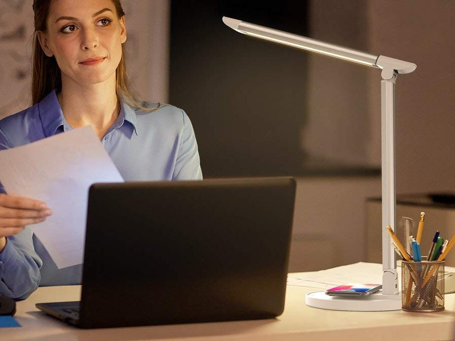 Protect Your Eyes from the Computer by Lighting