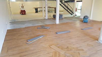 Timber-look Vinyl Plank