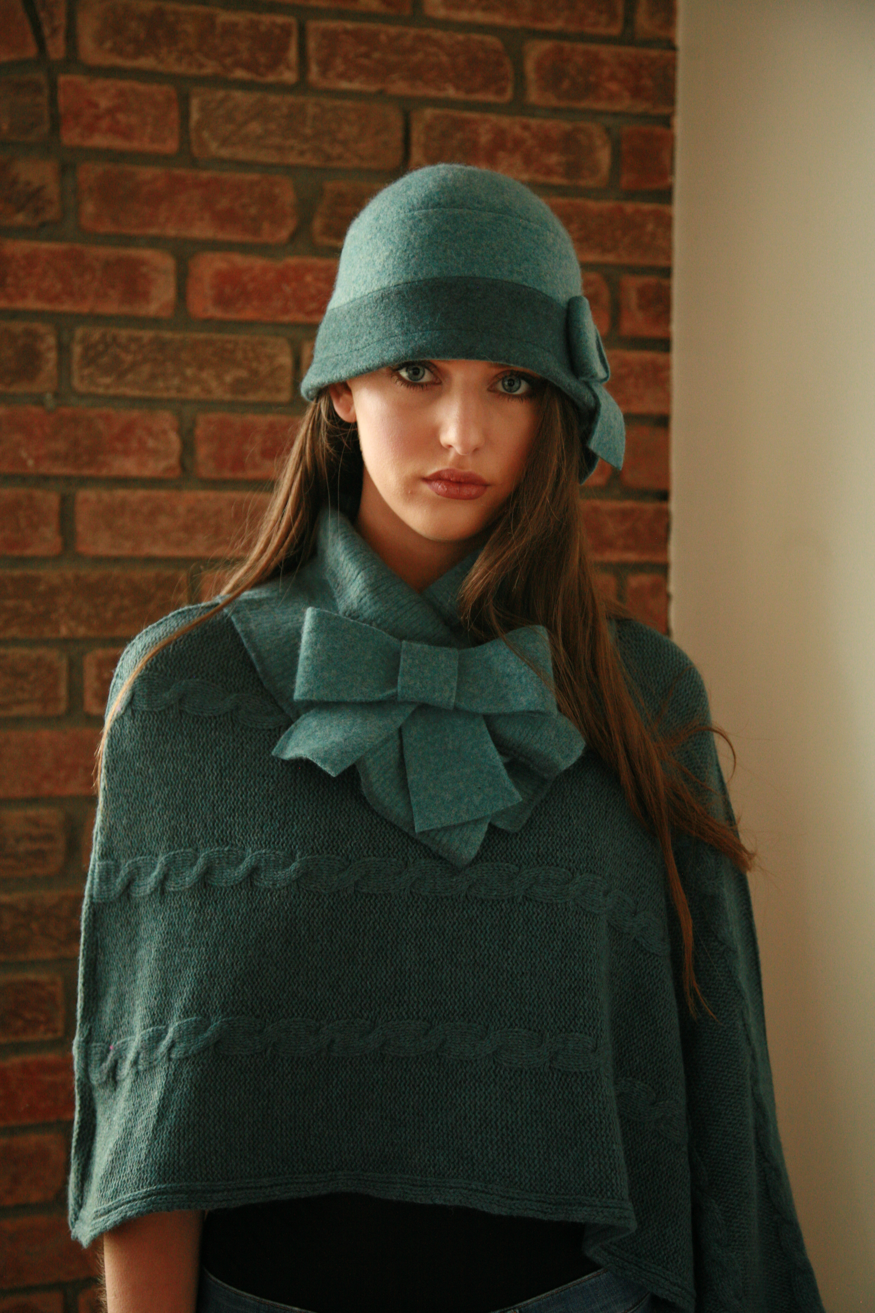Large Bow Hat and Bow Scarf.