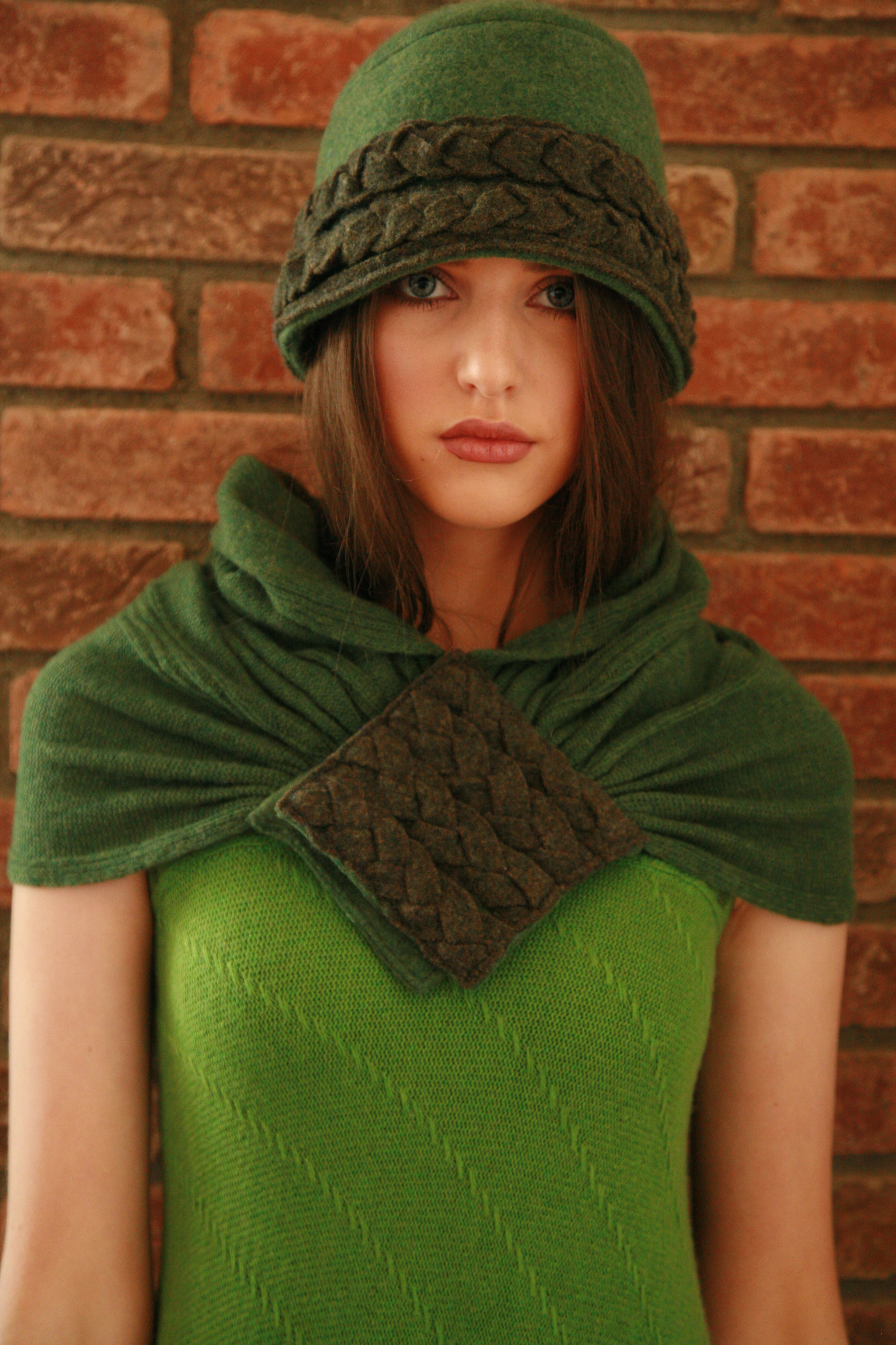 Plaited Woven Hat & Plaited Woven Scarf