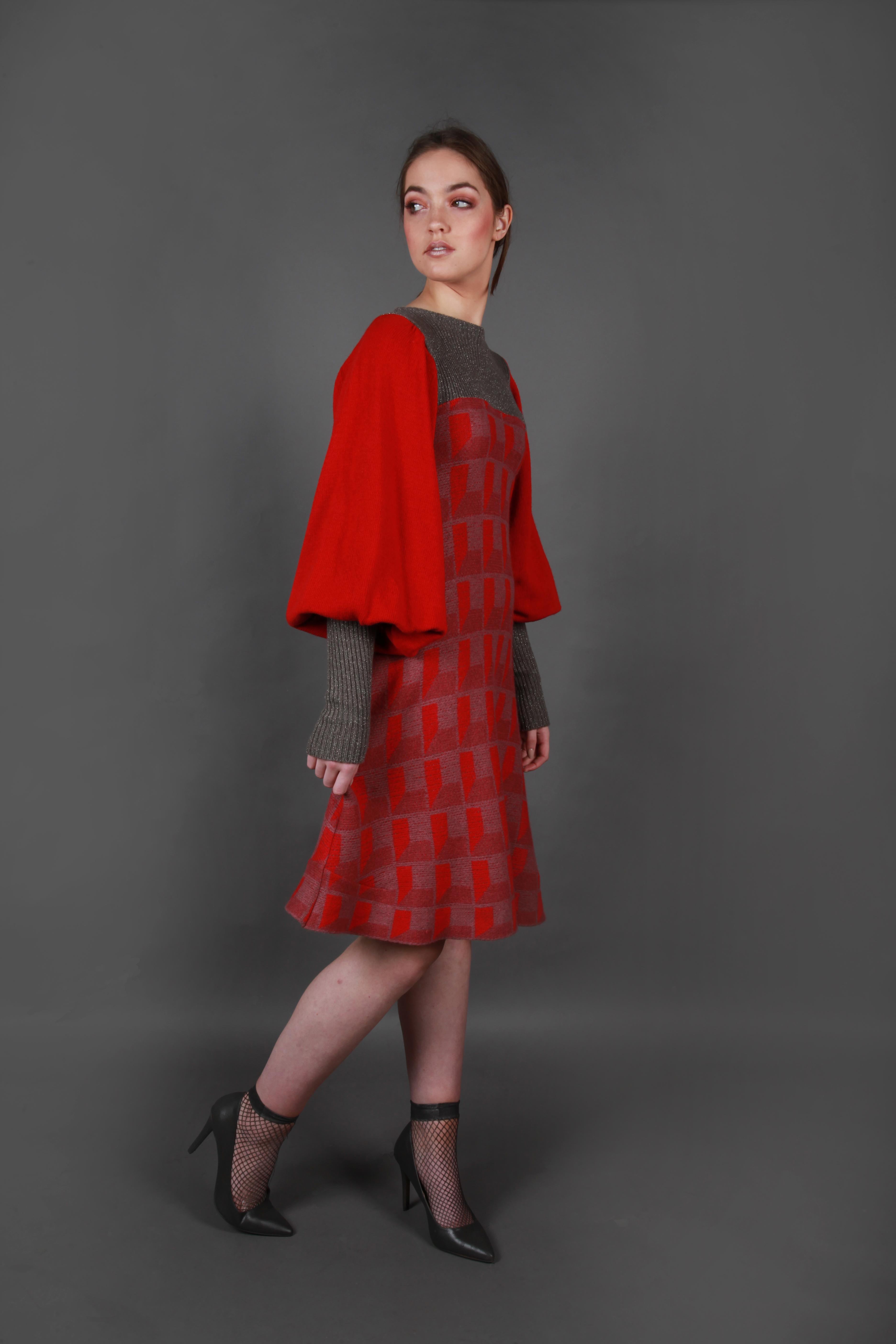 Pattern square dress