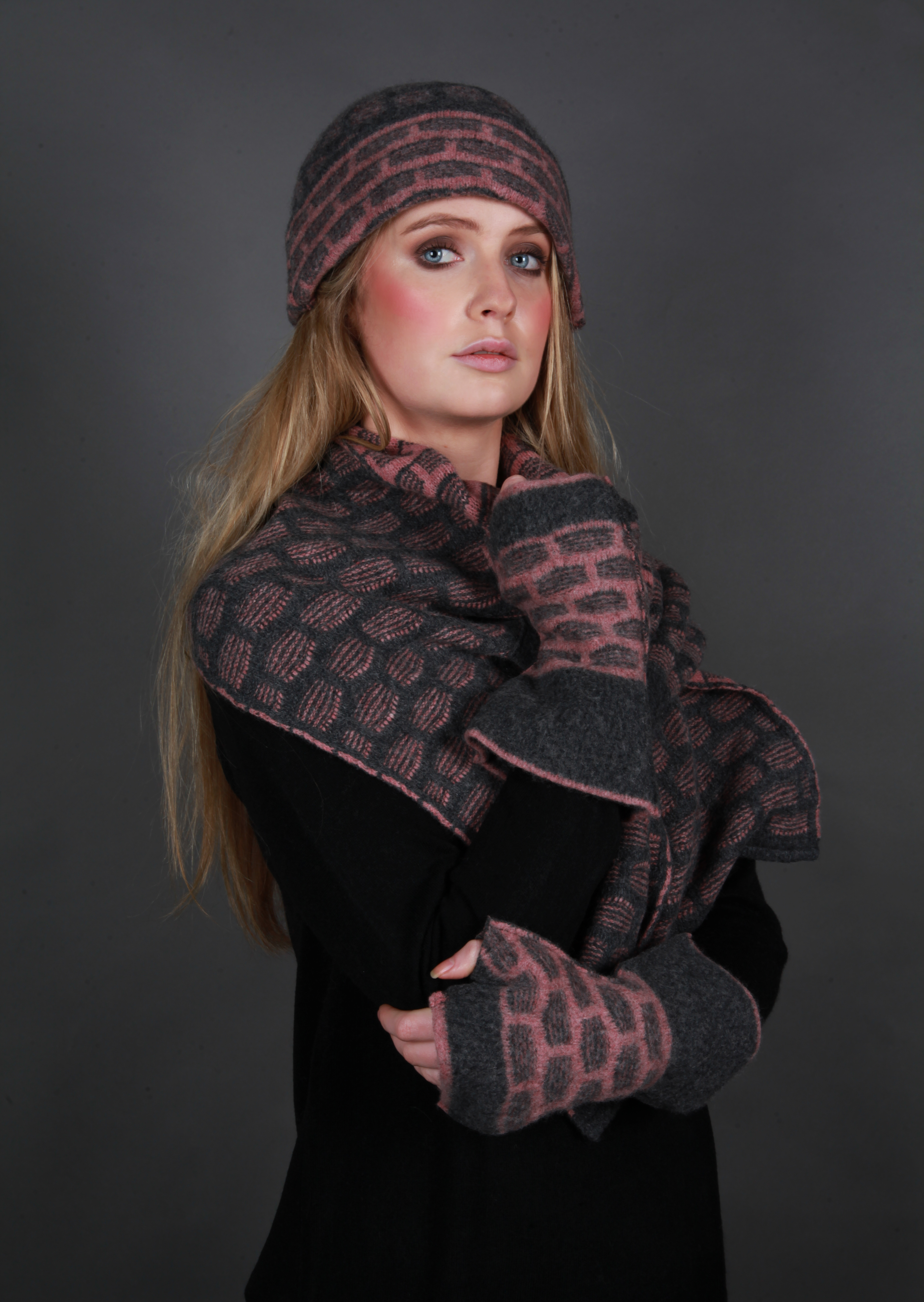 Textured Squares Hat & Scarf