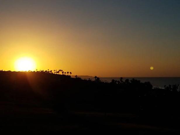 Monday sucks_ 😍 #Casita #sunset #nofilt