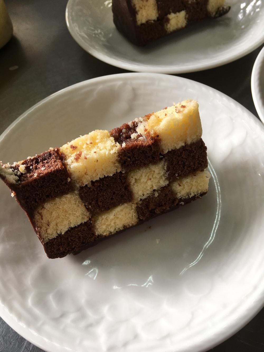 市松模様のケーキ