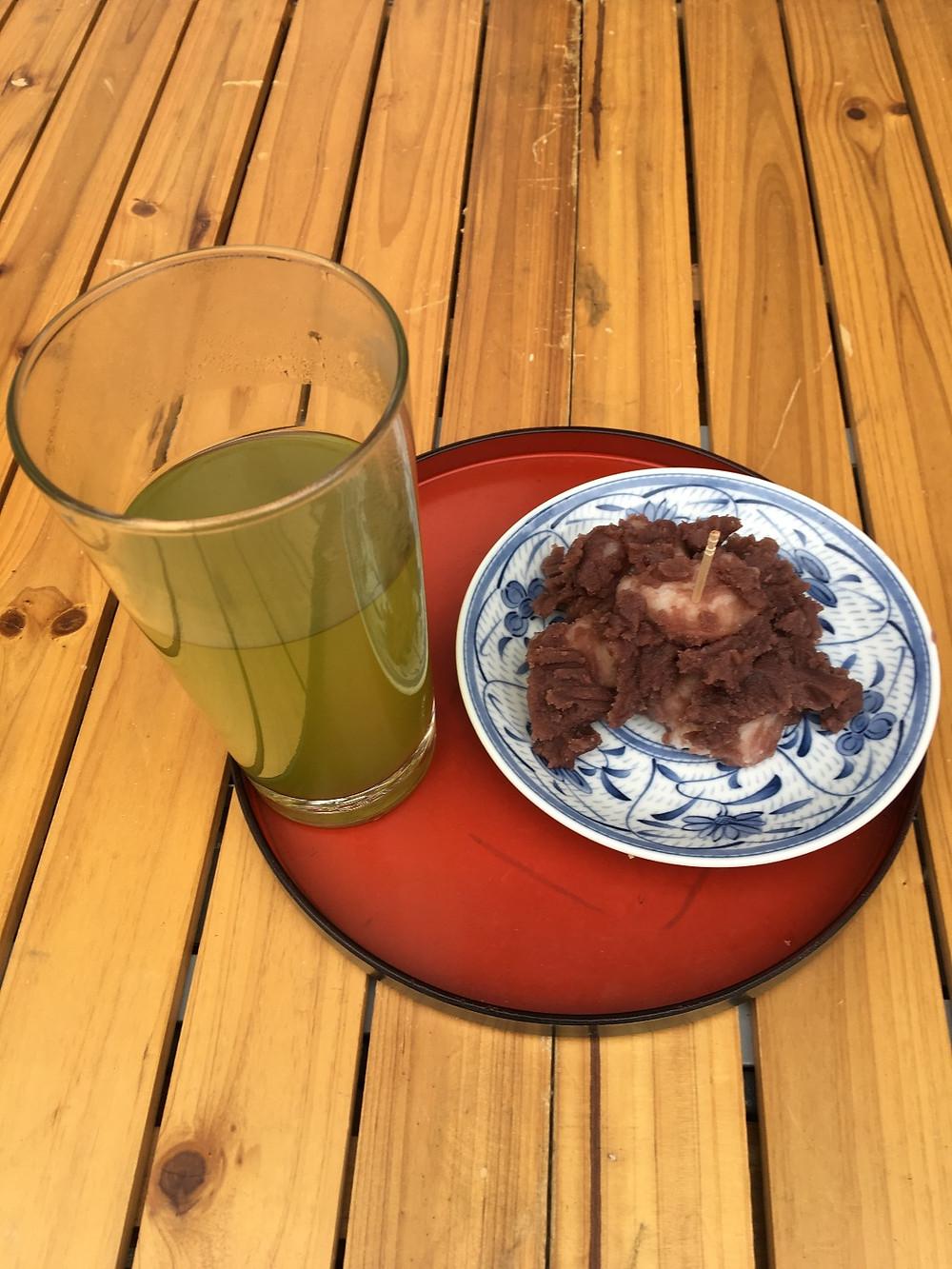 緑茶とお団子の映像