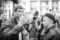 D. Gudkov and policeman