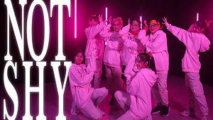 老幼勁舞團:14天女團育成計劃 Not Shy M/V (Dance Ver)