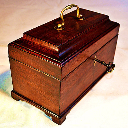 18th Century sarcophagus shaped Tea Caddy with Key, circa 1780