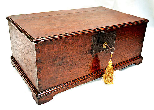 Mid-18th Century Oak Bible Box with original Lock & Key