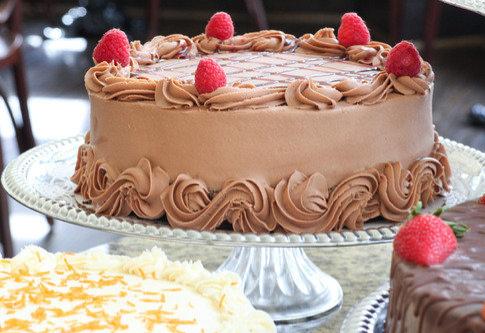 """9"""" Round Cake"""