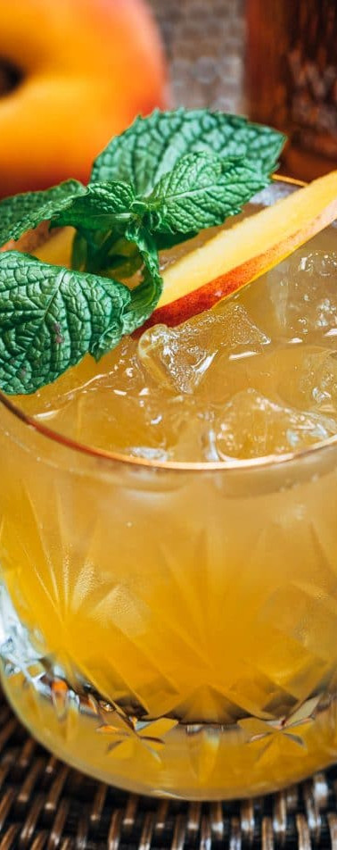 bourbon-peach-smash-3-680x952.jpg
