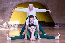 ftos yoga y familia .jpg