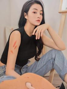 齐迪,就读于北京电影学院,影视表演专业,爱好健身,来自朝阳,01年摩羯座