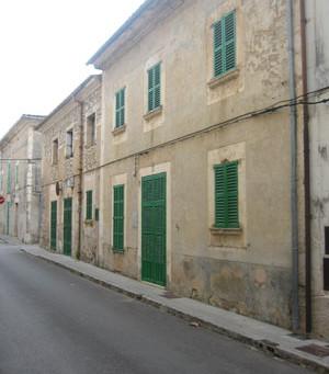 3. Casa de D. Miquel Ramis. Calle Major núm. 16 (antiguo núm. 14).