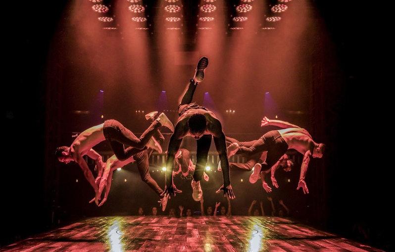 Cast of MAGIC MIKE LIVE Las Vegas, Final