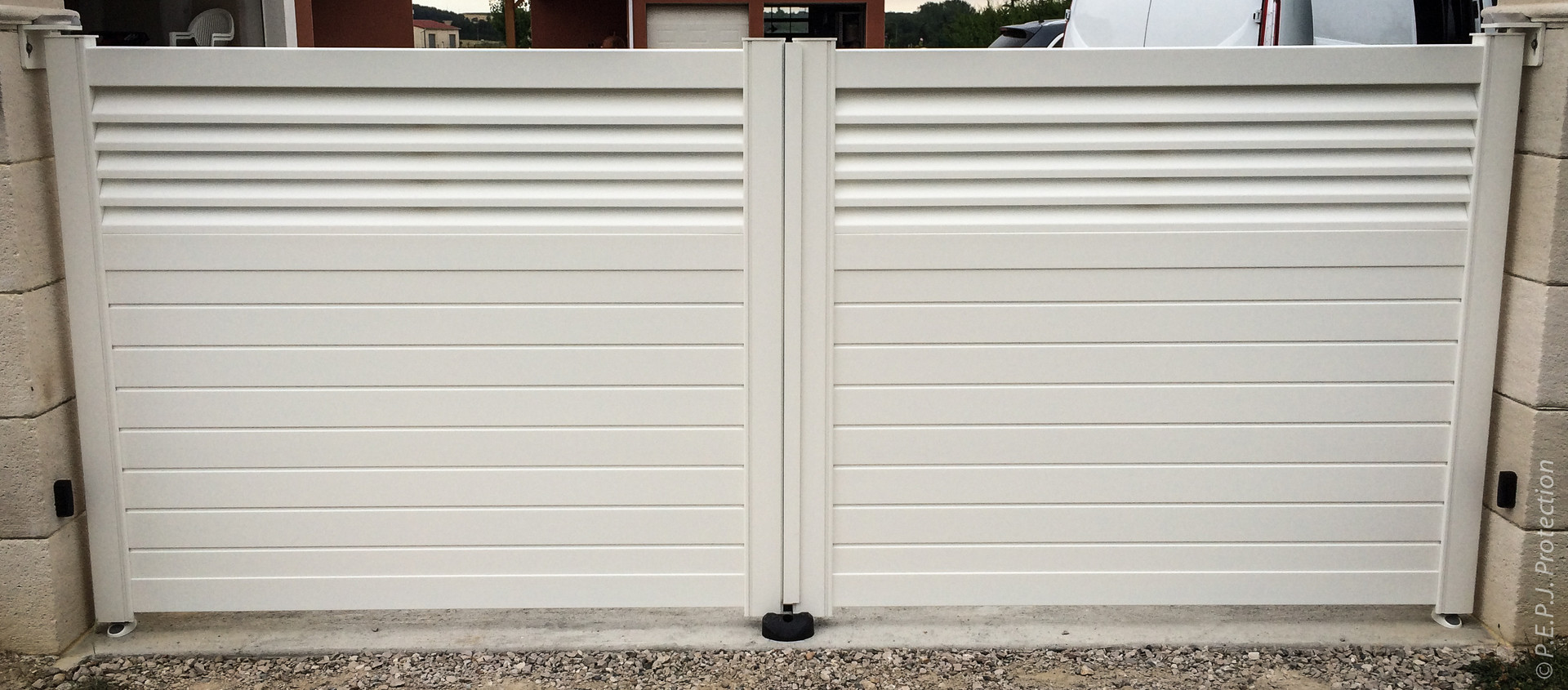 Portail Aluminium Blanc sur-mesure