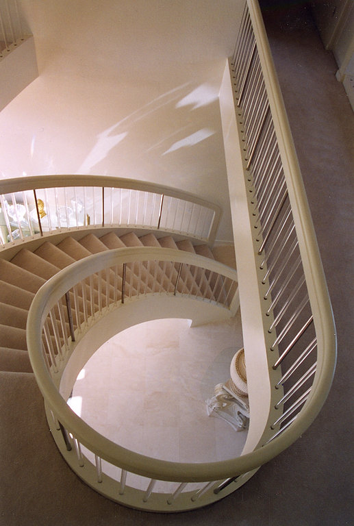 Grand Curved Staircase