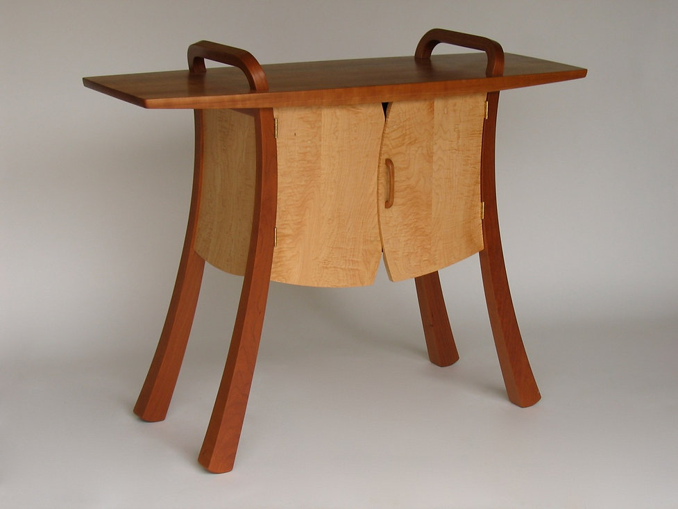 Vest-Front Hall Table