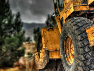 The Cash, The Loan and The Lease: Equipment Loan vs. Equipment Lease