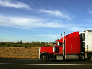 Semi Truck Financing for New Owner-Operators: 3 Key Benefits of Leasing