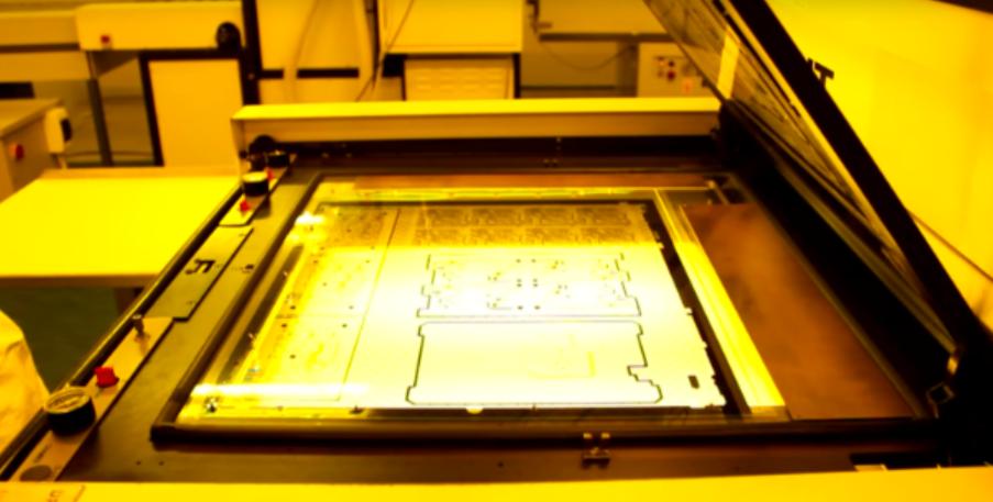 Создание изображений для внешних слоев печатной платы