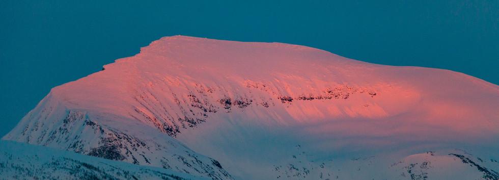 Tromsdalstinden, 1238 metrowy szczyt górujący nad Tromsø