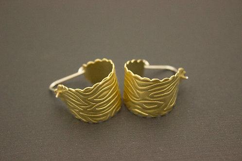 Scalloped Edge Brass Hoop Earrings