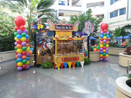 Balloon Decor for your Convention Events