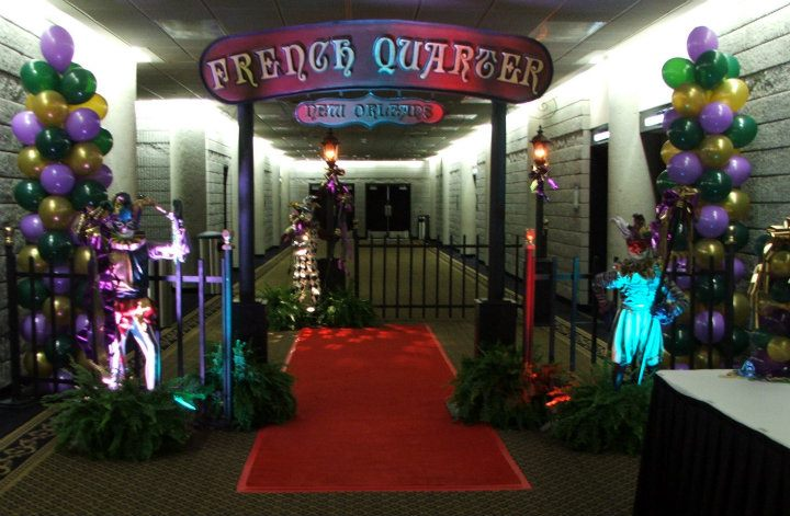 Mardi Gras Themed Event Decor