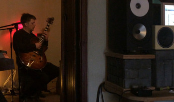NIGEL IN THE STUDIO