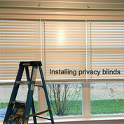 "2.5"" wood blinds with cordless lift"