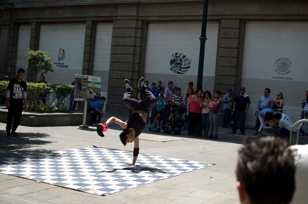 Street performer, Centro Histórico, Mexico D.F., 2014