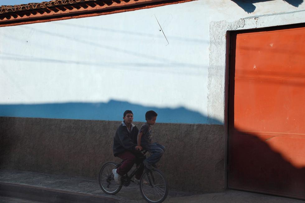 Children on a bike, Atengo, 2008