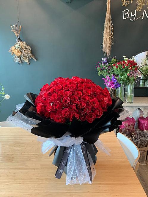 Lovey- 99 roses