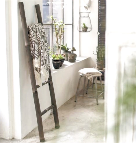 Black Bamboo Linen Ladder Rack