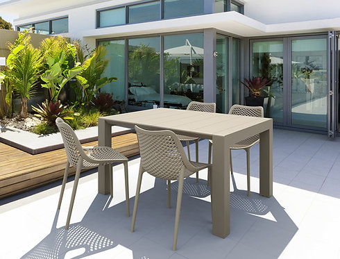 Lindos Expanding Outdoor Table