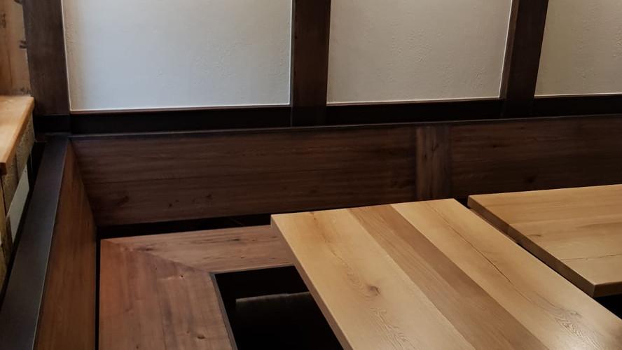 Eckbank & Wandverkleidung Vintage Holz
