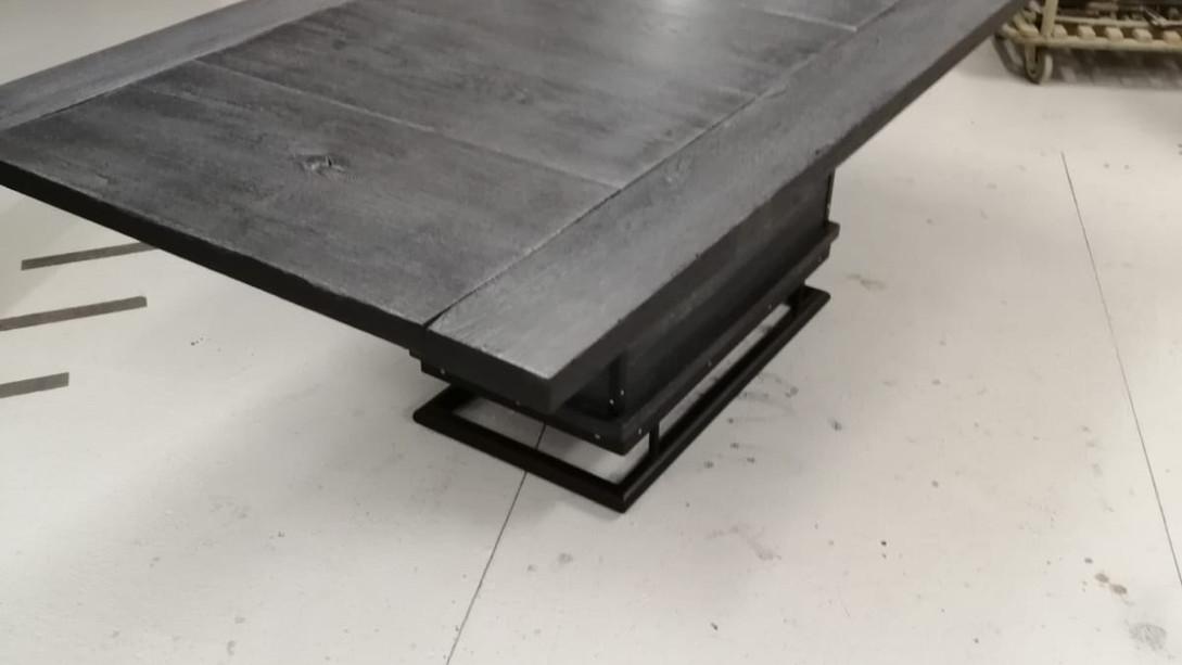 Esstisch tafel Tischlerei Antikkonzept