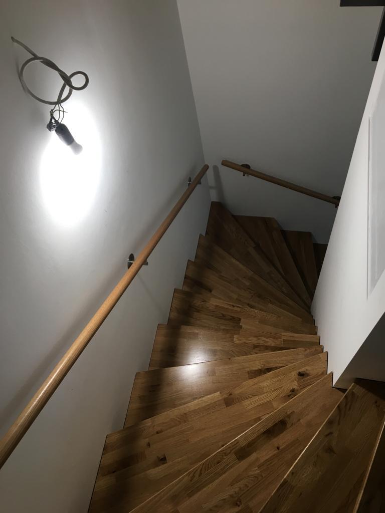 Stufen Eiche massiv gewendelte Treppe