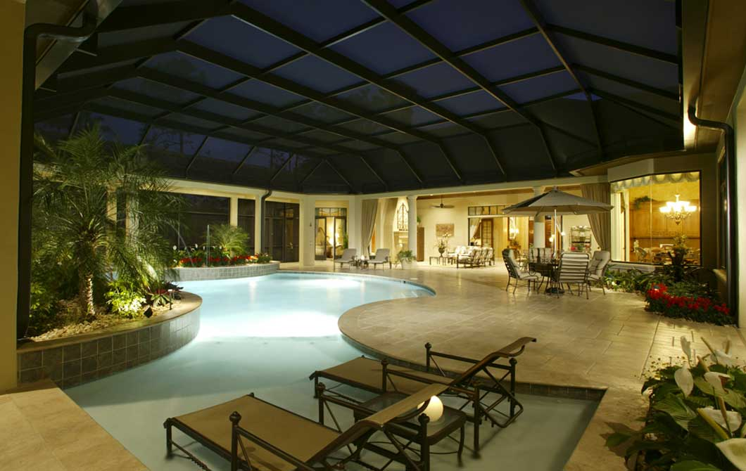 luxury-pool-at-night-with-sunshelf