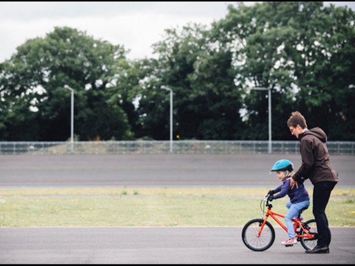 How to teach my child to ride a bike?