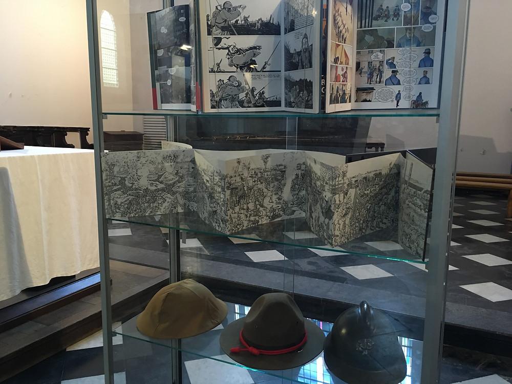 Trois professeurs d'histoire se sont associés pour l'exposition.