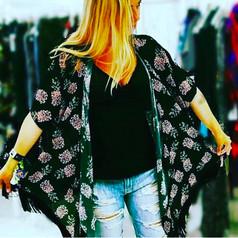 Wear your Crown Kimono Print