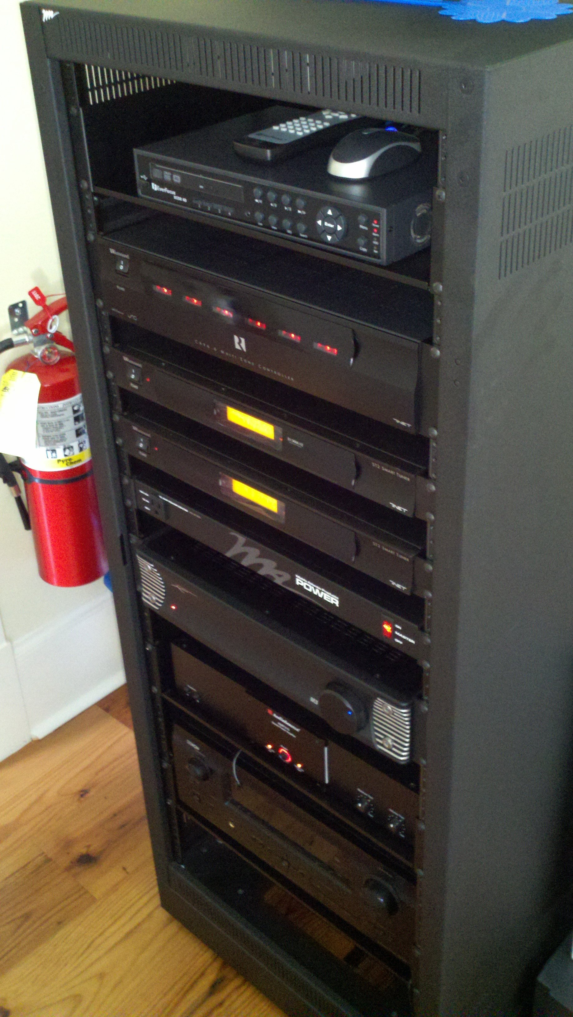 Audio Rack with Components
