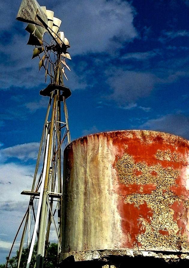 Upper Valley Rojo.jpg