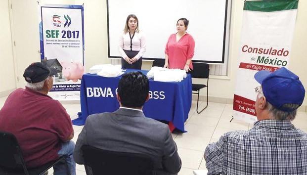 """SE LLEVÓ A CABO """"LA SEMANA DE EDUCACION FINANCIERA 2017"""" EN CONSULADOS MEXICANOS EN ESTADOS UNIDOS Y"""